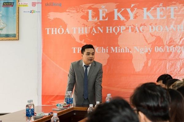 Ông Hán Hữu Hải chia sẻ mong muốn hợp tác của mình với viện đào tạo Quốc Tế FPT