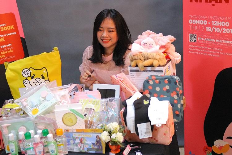 Ngọc Mai luôn gây ấn tượng mỗi khi xuất hiện trong mọi sự kiện tại FAI Hà Nội và được các bạn sinh viên quý mến.