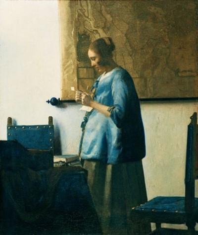 """Ta không chỉ quan sát người phụ nữ này mà còn phải nhận biết những điểm quan trọng về cô ấy'. Johannes Vermeer, """"Người phụ nữ áo xanh đọc bức thư"""" (1663)"""
