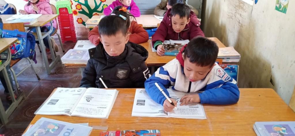 Truong TH&THCS Hữu Sản Bắc Giang - 3