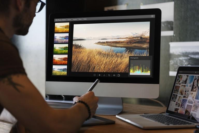 Lựa chọn học thiết kế đồ họa tại trường đại học, cao đẳng hay trường nghề