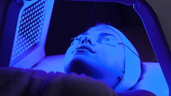 Liệu pháp ánh sáng xanh trong y học