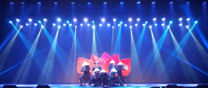 Nhảy cùng đèn LED với 218 DANCE CREW – Top 4 Vietnam's Got Talent hứa hẹn sẽ bùng nổ tại Lễ Tốt Nghiệp Viện đào tạo Quốc tế FPT