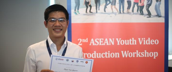 """Gặp chàng sinh viên thích làm tình nguyện đoạt giải quán quân cuộc thi """"Nhà làm phim trẻ các nước ASEAN 2016″"""