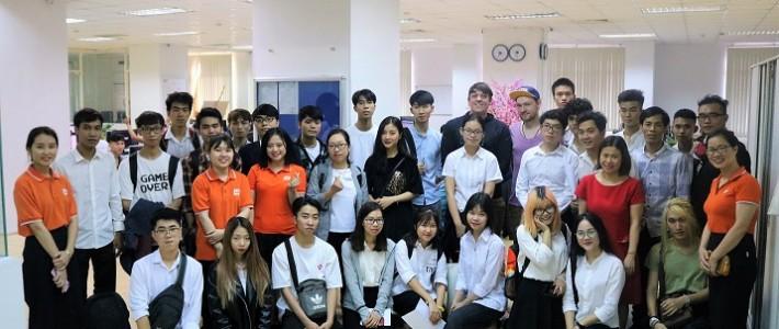 """BR24 Việt Nam đập tan """"cơn khát"""" nguồn nhân lực trong chương trình tham quan doanh nghiệp dành cho sinh viên FPT Arena"""