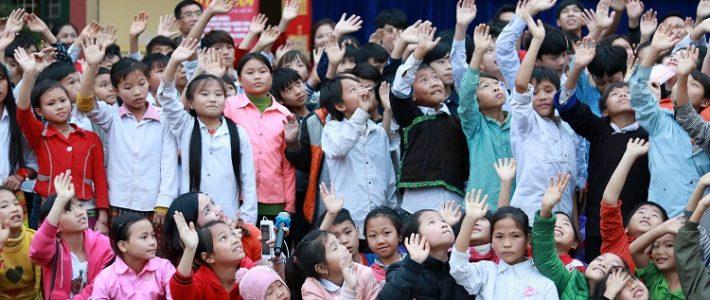 Nhìn lại hành trình thiện nguyện mang nụ cười ấm tới xã nghèo vùng cao tại Lào Cai của sinh viên FAI Hà Nội